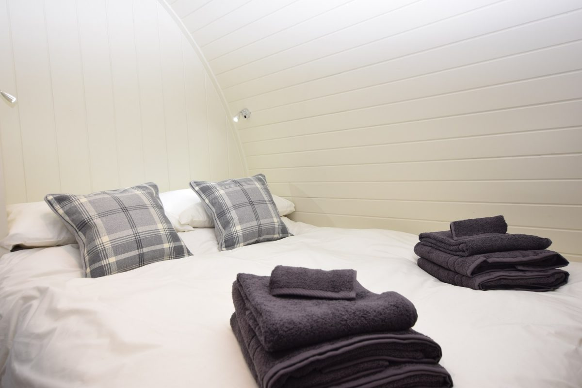 The Stag - Luxury Micro Lodge Bedroom